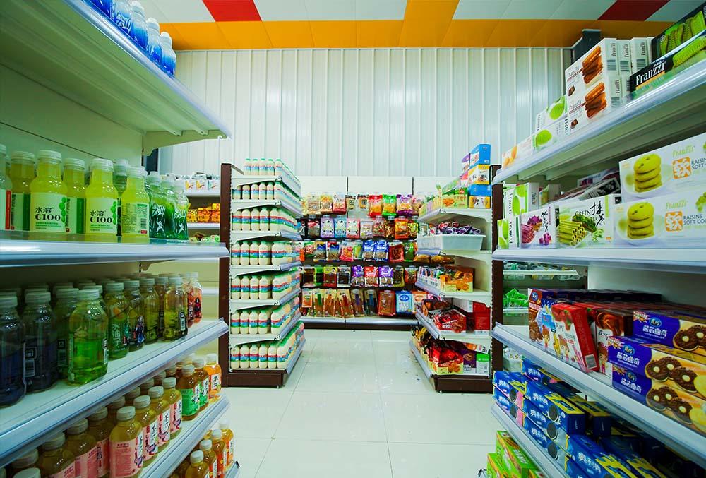 万通的超市,很整洁哦有木有!