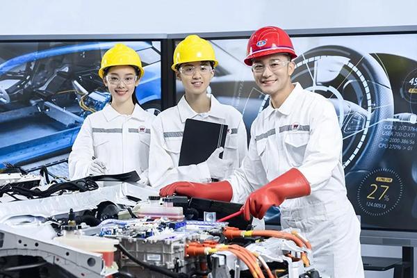 中国汽车保有量赶超美国仅需4年,技能型人才缺口巨大