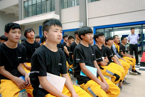 新学期开学季,我和我的小伙伴们都在云南万通.jpg