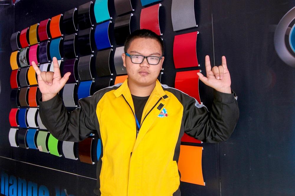 在云南万通,我要学到最扎实的汽修U乐国际娱乐.jpg