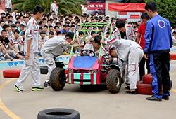 很遗憾,选手在比赛中赛车出了故障。